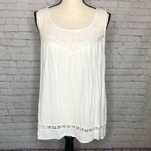 torrid Tops - TORRID boho white lace detail tank w/ button back